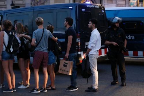 Altro che lupi solitari o malati mentali, gli attacchi in Spagna opera di una cellula Isis