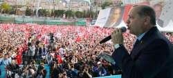 Turchia, banche in crisi ma Erdogan fa lo spendaccione