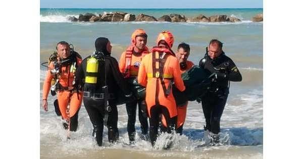 ANSA 17 08 2019 :                        Fratellini in mare, conferma annegamento