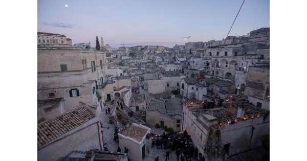 ANSA 21 08 2019 :                        Matera 2019: tour in bici in 9 Capitali