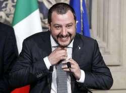 Ben gli sta a Matteo Salvini. Così magari impara a non farsi intortare