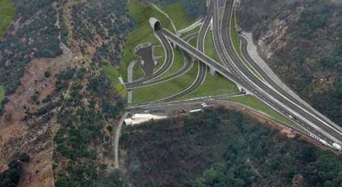 La prima scommessa del governo: infrastrutture (vere)