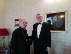 Thomas Schael in visita da monsignor Bruno Forte