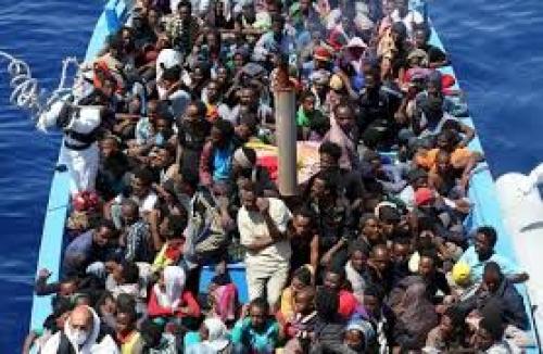 Migrazioni: almeno 30 morti in un naufragio di una barca al largo della costa libica
