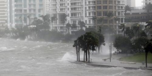 Usa: uragano Irma, la Florida è al buio ma i danni sono inferiori al previsto