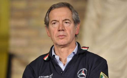Guido Bertolaso ricoverato al San Raffaele