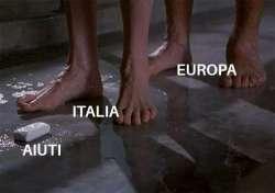 L'Unione europea non c'è. C'é solo il tentativo di commissariare e strangolare l'Italia