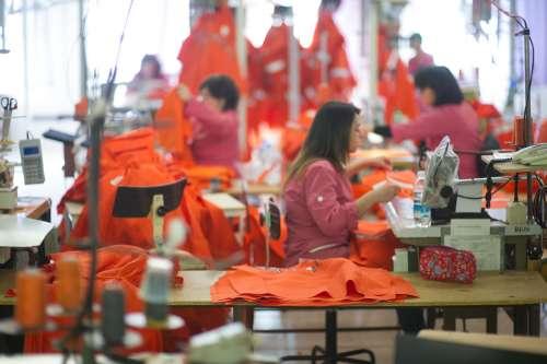 L'azienda Mario De Cecco avvia produzione mascherine