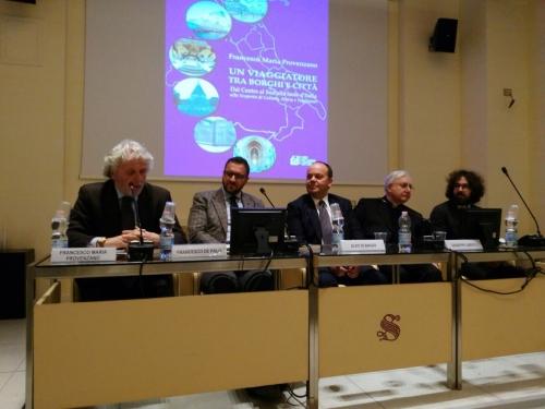 Vi svelo le mille e più bellezze dell'Abruzzo (e del centrosud Italia): parla Provenzano