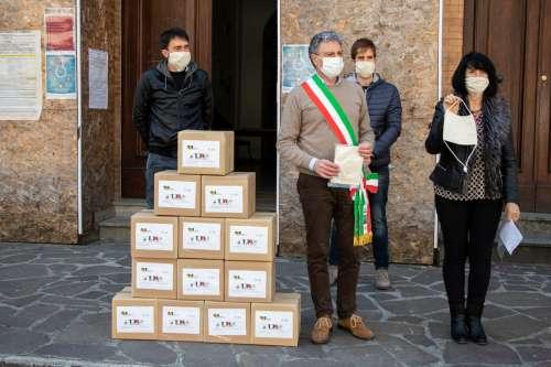 Montorio Al Vomano: VALMAR dona 500 mascherine ad uso civile