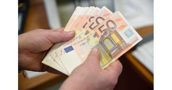 Bonus di mille euro a tremila famiglie fragili