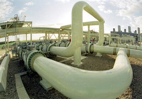 Gasdotto Paglieta, l'accusa di Bracco a D'Alfonso: solo a parole contro la raffineria
