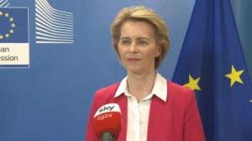 """Ma l'eurobluff di """"Mary Poppins"""" Ursula è del tutto uguale a quello di """"barcollo"""" Juncker"""