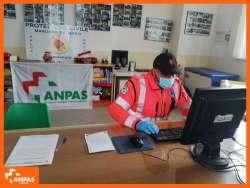 Il lavoro dei volontari nei giorni dell'emergenza