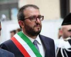 L'Aquila. Il sindaco ritira le deleghe agli assessori della LEGA