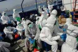 """Migranti. Altri 16 contagiati arrivati in Abruzzo. Marsilio: """"Governo irresponsabile"""""""