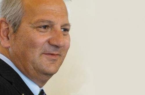 Fondazione Abruzzo Risorge: Di Pangrazio consegna i fondi alle associazioni aquilane