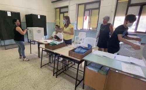 Elezioni, Referendum: vince il Sì che sfiora il 70%. Finisce 3-3 la partita delle Regionali