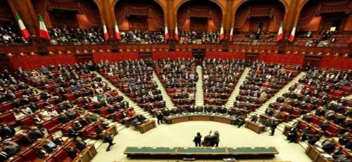 Solo Giorgia Meloni può stoppare l'accordo Pd-Fi. Candidandosi a Roma!