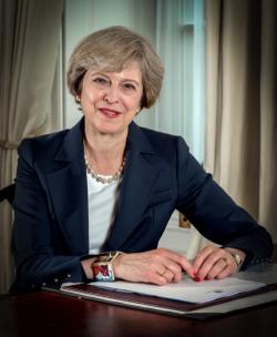 Regno Unito: May corteggia i lavoratori con una linea dura sulla Brexit