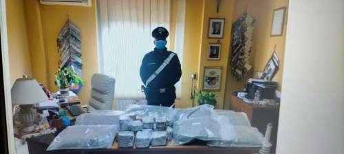Teramo. Due persone arrestate: avevano oltre 26 Kg di stupefacenti
