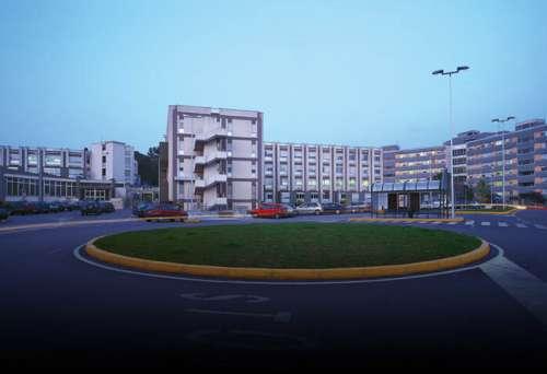 Teramo. 33 casi Covid al Mazzini: l'Unità di crisi dispone misure straordinarie negli ospedali