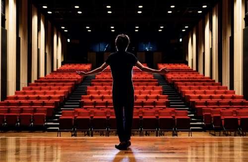 Teatri e cinema aperti dal 27 marzo nelle zone gialle