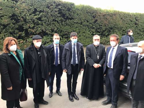 Il Ministro Speranza visita la Piccola Opera Charitas insieme al Vescovo Lorenzo