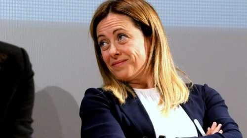 Giorgia Meloni si dice pronta a governare. Ma forse farebbe meglio a riflettere