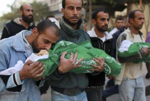 """Abeer Odeh: """"L'Italia vende a Israele le armi con cui ci massacrano"""""""