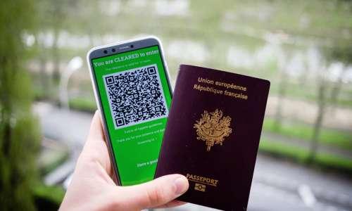 Dal Parlamento UE ok definitivo al green pass Covid