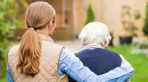 Sociale. Fondi per 2,4 mln per i Caregiver famigliari