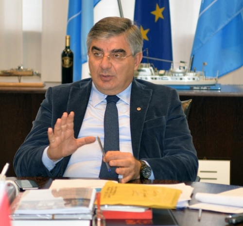 Supermarket Abruzzo, Forza Italia a D'Alfonso: troppe consulenze esterne