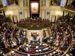 Spagna, deputati malati e a lutto alla Camera per far approvare il bilancio 2017