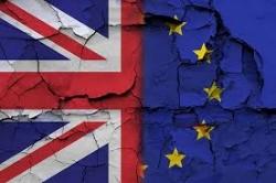 Gran Bretagna, il governo prepara piani per una Brexit