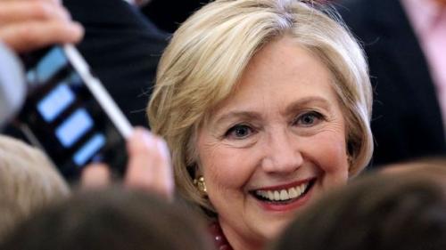 Usa: sostenitori di Hillary Clinton lanciano