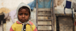 India: malnutrizione e inquinamento i principali fattori di rischio sanitario