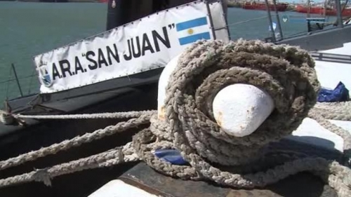 La Gran Bretagna invia una squadra di elite alla ricerca del sottomarino argentino scomparso