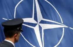 La Nato invita la Spagna a proteggersi dalle interferenze russe