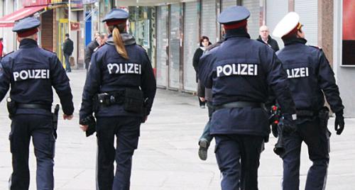 Germania: raid in quattro grandi città, la polizia arresta sei sospetti terroristi