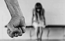 Violenza domestica, il Dipartimento Tutela Vittime scende in piazza con un flashmob