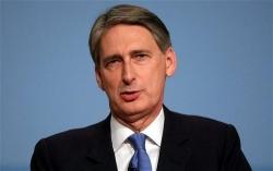 Gran Bretagna, con la legge di Bilancio il cancelliere Hammond allenta l'austerità