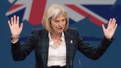 Brexit, la May a sorpesa mette tutti d'accordo e anche gli euroscettici si accodano