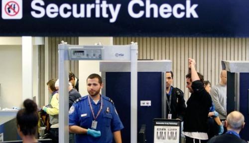 Usa: nuovi controlli di sicurezza gli aeroporti in vista delle prossime festività