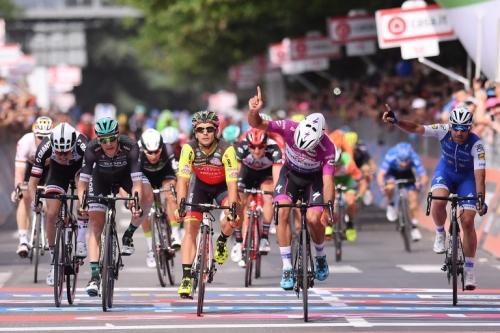 Il Giro d'Italia fa 101 e si regala una tappa sul Gran Sasso (di tre giorni)