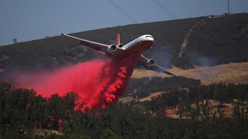 Usa incendi nel sud della california migliaia le persone for Cabine romantiche nel sud della california