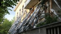 L'Aquila, ricostruzione e inchieste: case marce nelle travi portanti