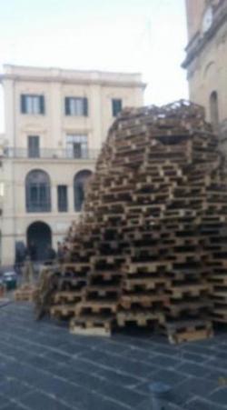 Lanciano, aridateci l'albero - Stylettate/Greta Sgarbo