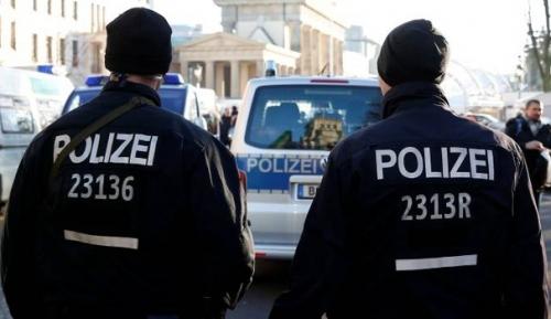 """""""Erano fiancheggiatori di Amri"""": blitz a Berlino contro l'Isis"""