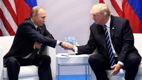 Il thanks di Putin a Trump: la Cia ha sventato attacchi dell'Isis in Russia
